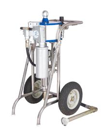 O equipamento de pintura inovador Airless evita o desperdício, já que não respinga e aumenta o rendimento da tinta.